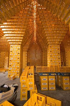 crate-tall by Miguel Garces, via Flickr