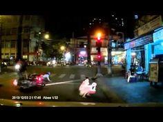Cảnh bắt 2 tên cướp ở Sài Gòn, đáng đời 2 thanh niên tự hại nhau :))