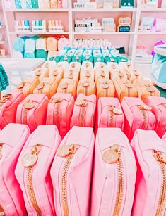 Cute Preppy Outfits, Preppy Girl, Preppy Style, My Style, Summer Aesthetic, Cute Bags, Mannequin, Accessories, Aesthetics