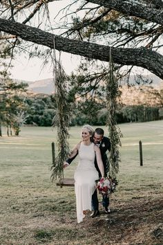 A romantic sunset swing | Image by Zoe Morley Photography