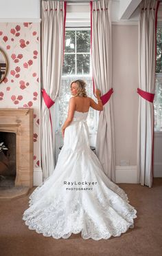 Ray Lockyer Yeovil Wedding Photographer - Bridal Preparation finished, our Bride takes the opportunity to have a few photos taken at Haselbury Mill