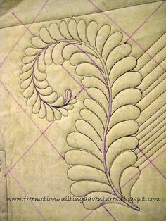 Amy's Free Motion Quilting Adventures: Video: A Free Motion Feather