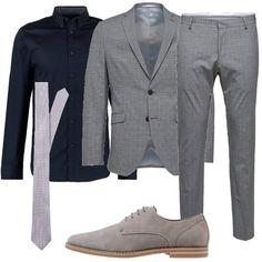 Un look che lascia il segno  outfit uomo Business Elegante per ufficio e  serata speciale 03301bf8fcf