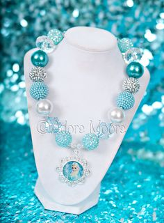 Princess Anna Frozen Necklace Disney Frozen by AdoreMooreBoutique Frozen Necklace, Frozen Jewelry, Kids Necklace, Disney Jewelry, Kids Jewelry, Girls Necklaces, Jewelry Crafts, Beaded Necklace, Jewelry Making