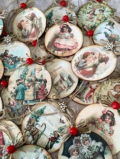 22 Charming Outdoor Christmas Tree Decorations You Must Try this Year - The Trending House Shabby Chic Christmas, Victorian Christmas, Vintage Christmas Ornaments, Retro Christmas, Diy Christmas Ornaments, Christmas Art, Christmas Projects, Handmade Christmas, Christmas Holidays