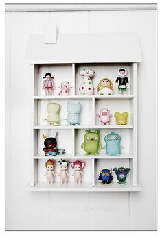 Cindy's Cute Toy Shelf