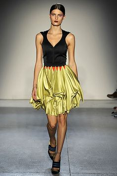 Spring 2009 Ready-to-Wear Jonathan Saunders