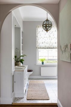 South London Interior Garden Designer transforms your home into an inspiring space that is totally unique and full of character. Georgian Style Homes, Georgian Townhouse, Georgian Terrace, London Townhouse, Interior Garden, Bathroom Interior Design, Dream Bathrooms, Beautiful Bathrooms, Modern Country Bathrooms