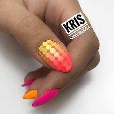 Автор @nado.kris. Ставь тег #топмастеров и твои работы смогут попасть в топ! Публикация бесплатная Glam Nails, Hot Nails, Bling Nails, Beauty Nails, Hair And Nails, Nail Designs Toenails, Toe Nail Designs, Nail Ring, Orange Nails
