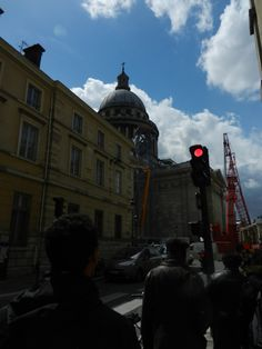 Olha quem vem surgindo... Pantheon_Paris