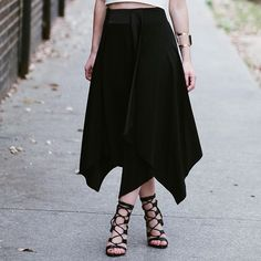 My favourite word when it comes to fashion right now is versatility. That's exactly what this skirt is - versatile for work and play @witcheryfashion #witcherystyle #witchery