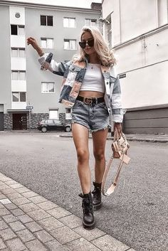 Combat Boats Outfit Spring Casual Teen Fashion Ideas For 2019 Fashion Kids, Casual Teen Fashion, Fashion 2020, Fashion Models, Girl Fashion, Short Outfits, Trendy Outfits, Cute Outfits, Womens Fashion Outfits