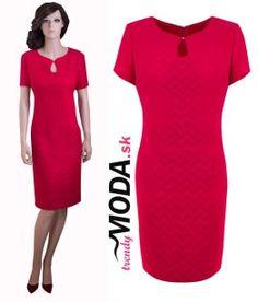 Elegantné červené šaty pre moletky - trendymoda.sk