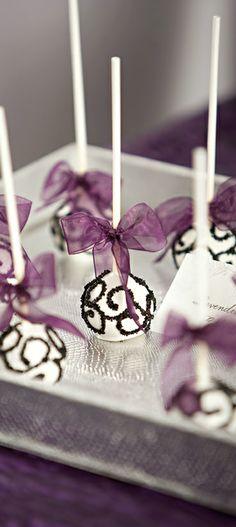 Wedding ● Dessert - interesting idea instead of a big cake! Wedding Cake Pops, Wedding Sweets, Wedding Table, Wedding Cakes, Wedding Decor, Purple Wedding, Dream Wedding, Wedding Dreams, Wedding Things