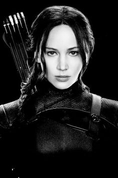 Jennifer Lawrence's kicking ass look in the Hunger Games series