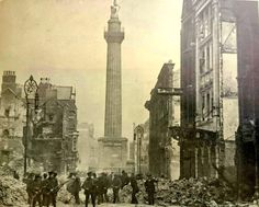 After the surrender. Thee British soldiers with guns at the ready amid the ruins of Henry Street, at the right of the picture with canopy over the door, the bombed out Coliseum Variety Theatre'. Ireland 1916, Dublin Ireland, Irish Culture, Dublin City, O Reilly, British Soldier, Local History, Military History, Destruction