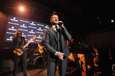 Jeremy Renner Photos - Remy Martin and Jeremy Renner Present One Life/Live Them - Inside - Zimbio