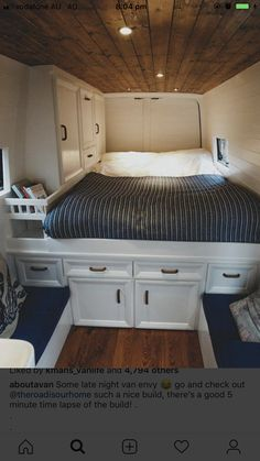 Survival camping tips Van Living, Tiny House Living, Motorhome, Best Campervan, Van Dwelling, Minivan Camping, Rv Homes, Comfy Bedroom, Campervan Interior
