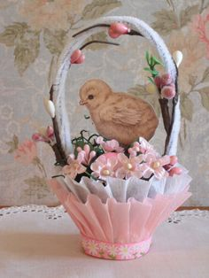 Easter Vintage Style Nut Cup Candy Cup Ornament Table Decor