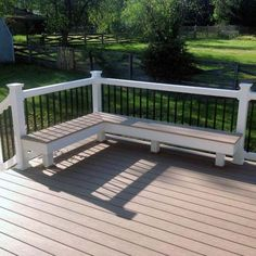 Entertain and relax outdoors with the top 60 best deck bench ideas. Explore natural wood and composite built-in seating designs for your backyard. Deck Bench Seating, Backyard Seating, Outdoor Seating, Outdoor Patios, Outdoor Pergola, Garden Seating, Outdoor Rooms, Deck Furniture Layout, Outdoor Furniture