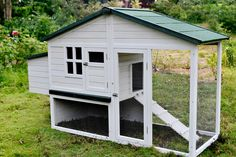 The California Grey Villa - Chicken Coop - Large nesting box allowing your chickens to lay in comfort - Sliding access door with a ramp for your chickens to get in and out - Secure latches (extra prec