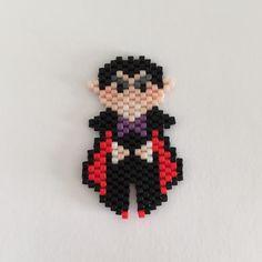 Vampire tissage Brick Stitch en perles Miyuki par MamZelle Lulu