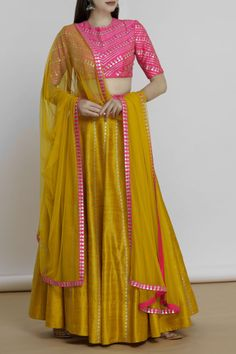 Potraying Elegance, Charm and Ethereal beauty in each piece , we resonate with the sensibilities of the modern bride. Worldwide shipping Available . Cotton Saree Designs, Half Saree Designs, Lehenga Designs, Dress Indian Style, Indian Dresses, Indian Outfits, Pakistani Outfits, Choli Blouse Design, Blouse Designs