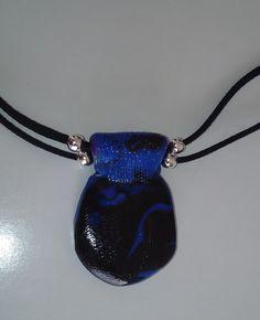 """Halskette für sie und ihn """"blue motion"""" Halsschmuck – Unikate Schmuck Unisex, Art Gallery, Pendant Necklace, Handmade, Blue, Jewelry, Fashion, Deep Blue, Special People"""