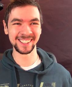 JackSepticEye looks like a happy little child when he smiles like this! It's adorable :D