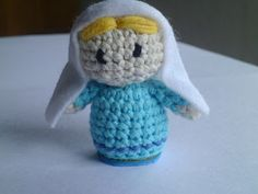 It is a world Amigurumi: Completed Tutorial Complete and Manger ! Diy Nativity, Christmas Nativity, Noel Christmas, Xmas, Christmas Ornaments, Nativity Sets, Crochet Dolls, Crochet Hats, Diy Adornos
