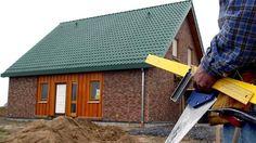 Steuern sparen funktioniert auch, wenn der Handwerker außerhalb des Hauses beschäftigt ist. Quelle: dpa http://www.handelsblatt.com/finanzen/recht-steuern/steuern/steuer-tipp-der-handwerker-muss-nicht-im-haus-arbeiten/10253766.html