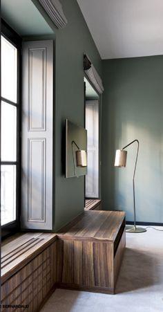 Γγρ│ Un vert grisé pour coloriser sans colorer un intérieur.                                                                                                                                                     Plus