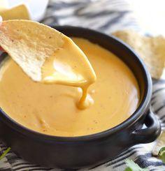 Recette de sauce au fromage (pour les nachos)