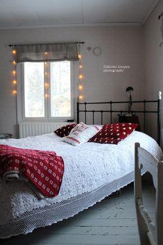 Loputonta remonttia vanhassa kaupassa, josta on tullut meidän koti. Bed, Furniture, Home Decor, Decoration Home, Stream Bed, Room Decor, Home Furnishings, Beds, Home Interior Design