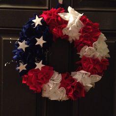 Fourth of July wreath with felt