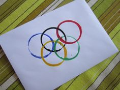 Sports Party Craft – Olympic Rings Printing - pinned by – Please Visit for all our pediatric therapy pins Olympic Idea, Olympic Games, Olympic Crafts, Sport Craft, Sports Party, Craft Party, Winter Sports, Paper Plates, Crafts For Kids