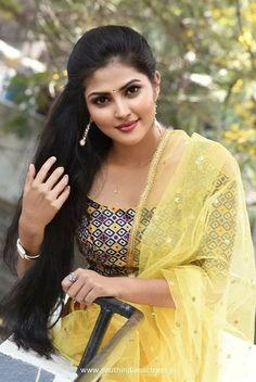 Beautiful Girl In India, Beautiful Blonde Girl, Beautiful Girl Photo, Most Beautiful Indian Actress, Beautiful Asian Girls, Beautiful Actresses, Cute White Dress, Brunette Beauty, Cute Beauty