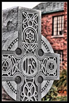 Celtic Cross St James Brick Garden