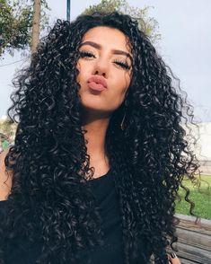 "3,362 curtidas, 32 comentários - NATALIA SOUZA (@blogbonecasdeluxo) no Instagram: ""Beijin de boa noite para vocês "" Curled Hairstyles, Weave Hairstyles, Pretty Hairstyles, Natural Hair Care, Natural Hair Styles, Long Hair Styles, Brunette Beauty, Hair Beauty, Best Professional Hair Dryer"