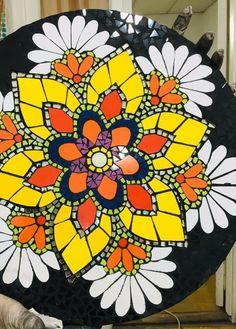 Mosaic Tile Art, Mosaic Glass, Glass Art, Mosaic Designs, Mosaic Patterns, Sorority Canvas, Sorority Paddles, Sorority Recruitment, Bowling Ball