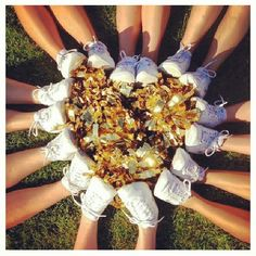Football cheer heart w/ pom poms in middle.... Love it!