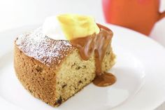 Sticky date cake - Topped with toffee sauce, this easy cake has all the flavours of sticky date pudding. Sticky Date Cake, Sticky Date Pudding, Pudding Recipes, Cake Recipes, Dessert Recipes, British Pudding, Bake Sale Recipes, Self Saucing Pudding, Toffee Sauce