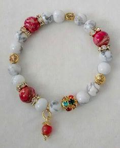 Howlite gemstone beaded bracelet made by Claudia Rützel from LC.Pandahall.com