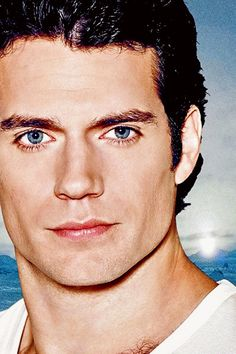 Henry Cavill is the definition of Handsome. Henry Caville, Love Henry, Most Beautiful Man, Gorgeous Men, Gentleman, Henry Williams, Ideal Man, Handsome Actors, Cute Celebrities