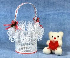 Crochet Pattern for a Valentine ruffled basket using filet with hearts in the design Filet Crochet, Thread Crochet, Crochet Doilies, Crochet Stitches, Crochet Basket Pattern, Crochet Patterns, Crochet Baskets, Knitting Projects, Crochet Projects