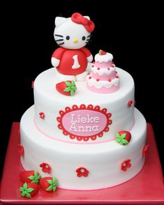 Love the little cake on the cake - perhaps I could use this on my hoot cakes