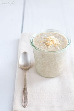 This Toasted Coconut Amaranth Porridge is a healthy, gluten free breakfast! Coconut milk and unsweetened coconut flakes are highlighted ingr...