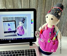 You will love this Crafter Granny Crochet Doll and it's a fabulous free pattern. Get the details now and whip one up today. Crochet Bear, Love Crochet, Diy Crochet, Learn Crochet, Beautiful Crochet, Crochet Flowers, Crochet Toys, Crochet Dolls Free Patterns, Crochet Doll Pattern