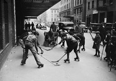 Kids playing roller hockey in New York City in 1932 | Hockey