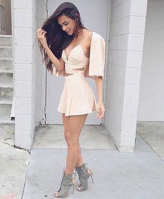 . . . . #instabgs #instatags4likes #instagramers  #post #moda #look #makeup #saia #lookdodia  #estilo #decoração #decor #fashion #panelaobgs #receita #inxtalove #love #blogpausapc #youtuber #canal #diy  #facavocemesmo #youtube #unhas #brasil by blogpausapc